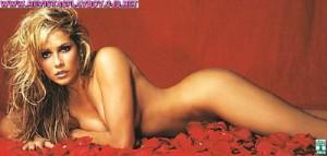 Deborah Secco3