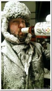 zuando as bebidas: sempre tá calor ara uma cerveja